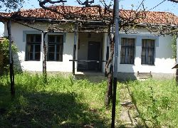 Karlovo - House - Near Lake